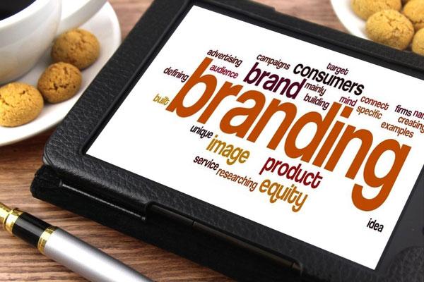 Wybór profesjonalnej agencji reklamowej