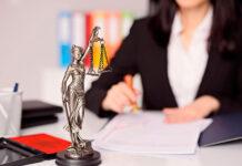 Dlaczego warto skorzystać z pomocy radcy prawnego